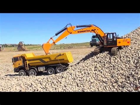 Mainan Mobil Truck Pasir Pc 8047 rc adventures 1 12 scale earth digger 4200xl excavator 1 14 8x8 armageddon dump
