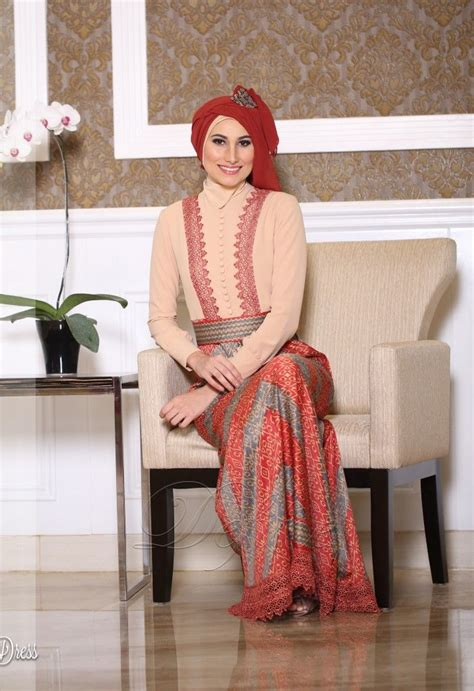 Busana Muslimah Tenun Soft Cover 10 best images about gamis pesta modern on