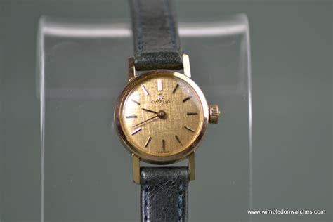 vintage omega gold lovely gold wr0575