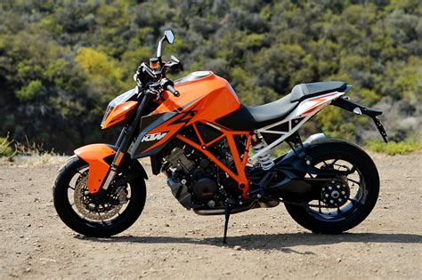 Pictures Of Ktm 2016 Ktm 1290 Duke R Motorcycle Ride And