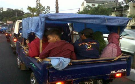kebiasaan unik mudik lebaran     indonesia