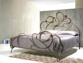 Steel Canopy Bed Frame Double Bed In Wrought Iron Curved Lines Idfdesign