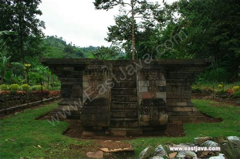 kedaton temple unique temple  probolinggo east java