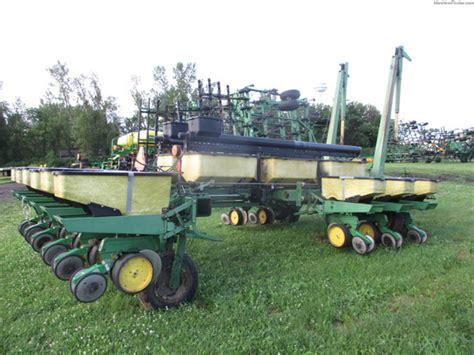 7000 Deere Planter by 1984 Deere 7000 Planters Deere Machinefinder