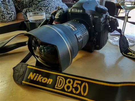 review   nikon  dslr