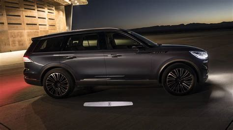 ford aviator 2020 lincoln aviator flies into new york as a preview of what s