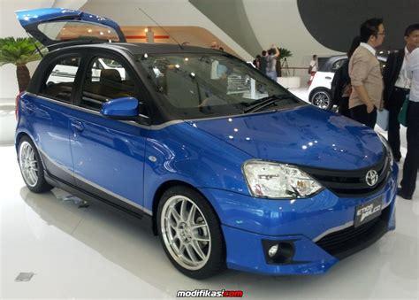 6950 Oli Toyota Etios Valco promo special toyota etios valco tahun 2014 dealer
