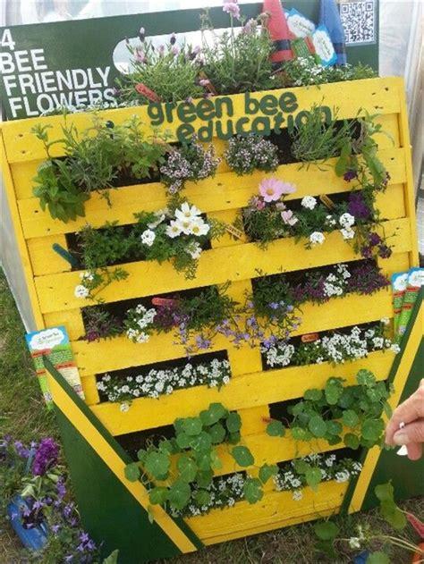 Vertical Garden Made Out Of Pallets Vertical Gardening Out Of Recycle Pallets Pallet