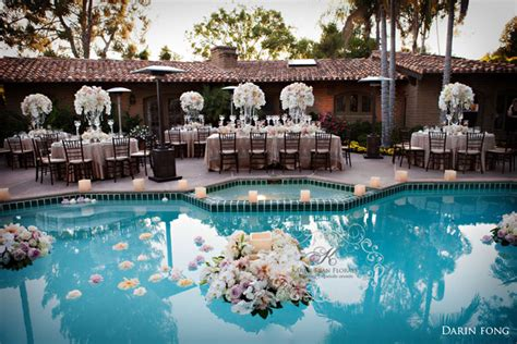 Summer Wedding Ideas Belle The Magazine Backyard Pool Wedding Ideas