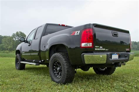 2013 gmc lift kit zone offroad 3 5 quot arms lift kit 2007 2013