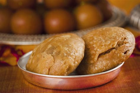 khasta kachori crispy lentil filled pastry recipe