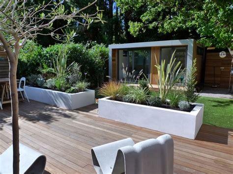 modern backyard modern garden design ideas
