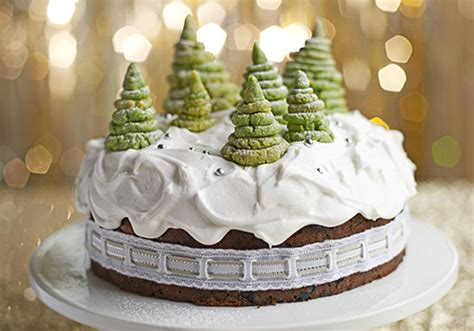 how to decorate a christmas cake bbc good food