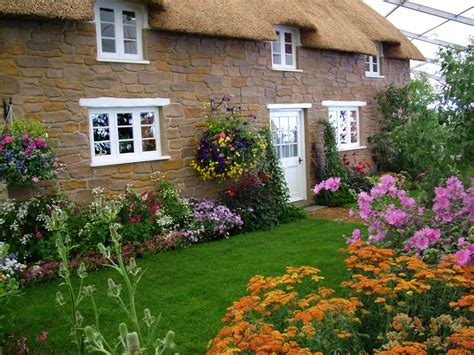 cottage gardens nursery hton court flower show picture gallery 1