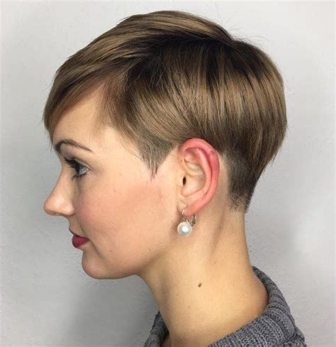 short hair cuts for crossdressers 12714 best back view assym bobs images on pinterest