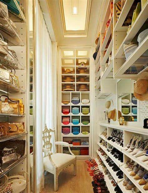 begehbarer kleiderschrank im raum begehbarer kleiderschrank planen 50 ankleidezimmer