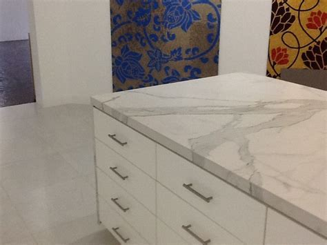 Porcelain slab   Kitchen Countertops   dallas   by CASALINEA