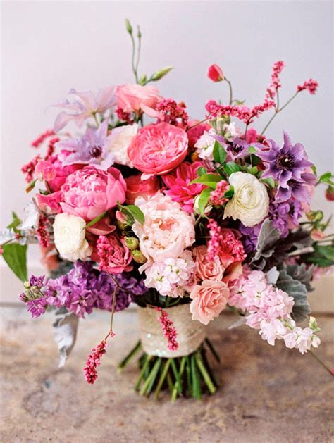 Wedding Bouquet Magazine by 12 Stunning Wedding Bouquets 28th Edition The