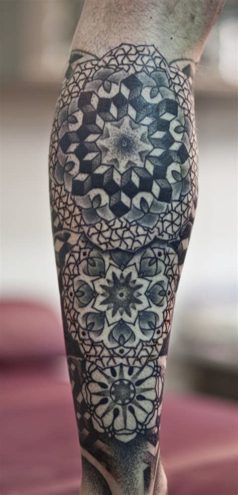 geometric leg tattoos geometric images designs