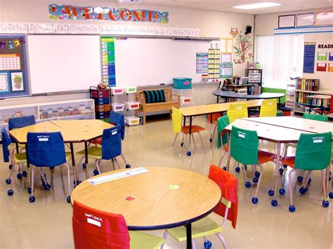 classroom layout ideas with tables 1000 images about art classroom desing on pinterest