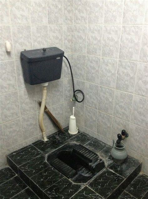 desain kamar mandi minimalis wc jongkok 17 best images about desain on pinterest toilets models
