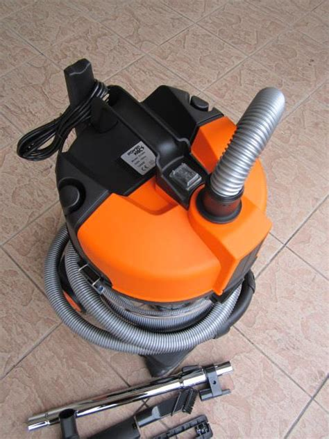 Vacuum Cleaner Krisbow 30 L powervacz 1200w 30l industrial end 11 16 2017 6 15 pm
