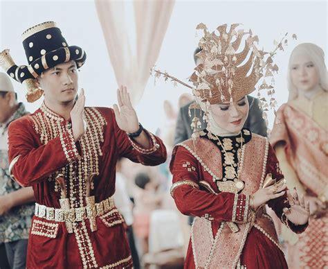 Baju Nikah Adat Batak 15 busana adat batak untuk til istimewa di hari pernikahan