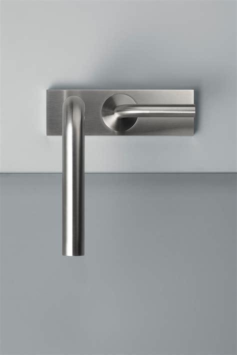 quadro rubinetti levo miscelatore lavabo rubinetteria per lavabi quadro