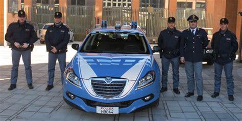 ufficio immigrazione lecco lecco questura nuove auto e tablet per prevenire i