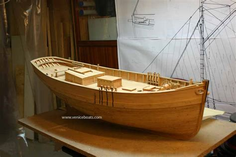 canapé bois flotté gilberto penzo barche e navi veneziane gt la flotta di