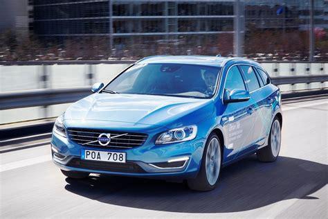 volvos   driving autopilot cars  tested  public roads  sweden cardekhocom