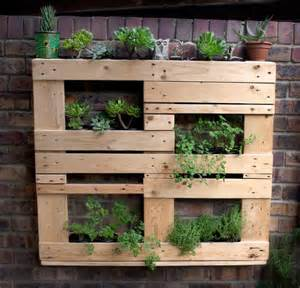 Vertical Pallet Gardens Wooden Pallet Vertical Garden Ideas Recycled Things