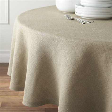 Dining Room Table Cloths by 20 Round Tablecloths For Summer Entertaining