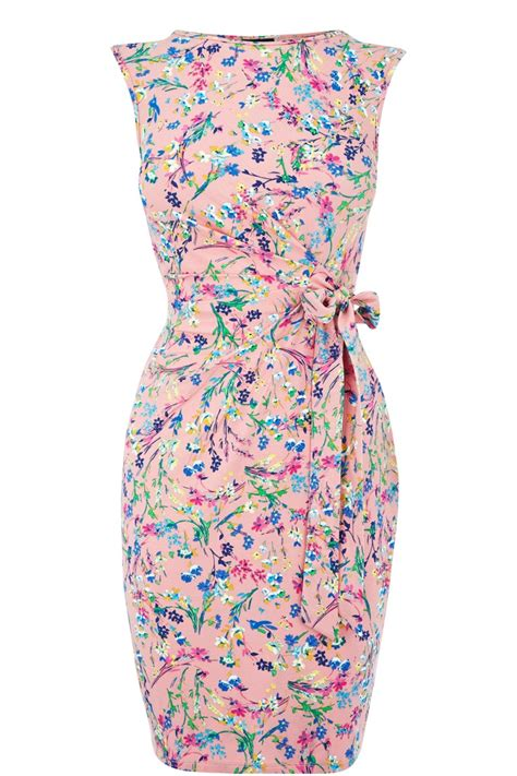 Happiness Warp Dress sleeveless floral rouched wrap dress dressing my hourglass shape wrap dresses