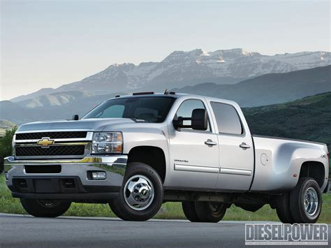 chevrolet trucks 2013 1301dp 02 2013 hd diesel trucks are here 2013 chevy