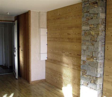 mobili montagna legno pareti divisorie in legno casa montagna