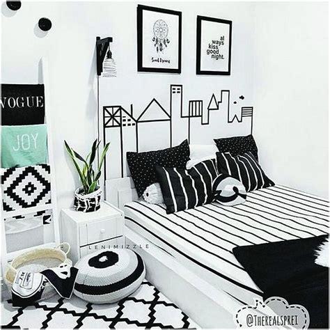 Wall Deco Aneka Motif Lukisan Gambar Hiasan Dinding Vintage Style 34 Ide Hiasan Kamar Tidur Kreatif Terbaru Dekor Rumah