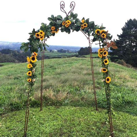 Wedding Arch With Sunflowers by 496 Best Sunflower Weddings Images On