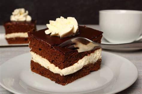 bagna per pan di spagna al latte pan di spagna al cioccolato ripieno al latte torte al