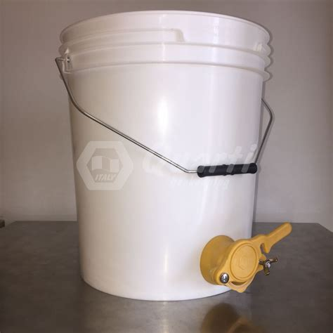 contenitori con rubinetto secchio in plastica capienza kg 25 con rubinetto