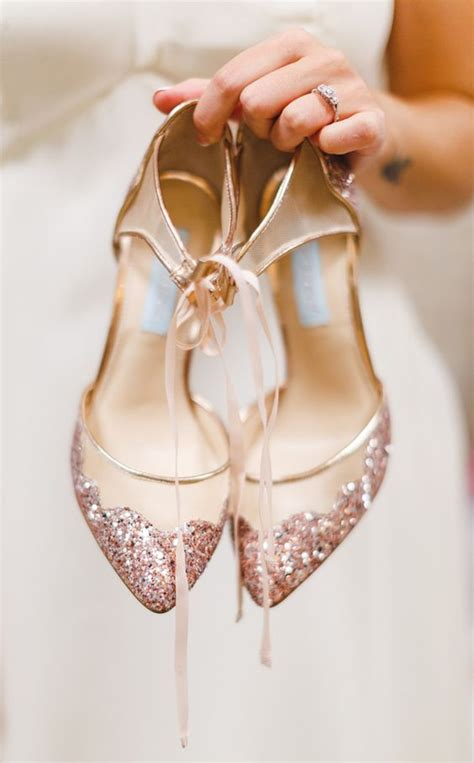 Wedding Shoes Gold Color by 40 Gold Metallic Wedding Color Ideas Gold
