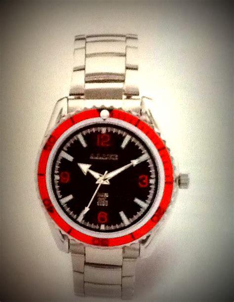 Lelaki Suka Jam Tangan dila jam tangan lelaki