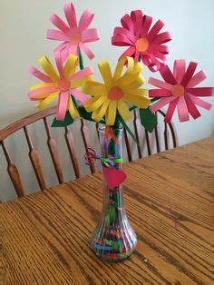 How To Make Paper Flowers With Construction Paper - 1000 ideas about construction paper flowers on