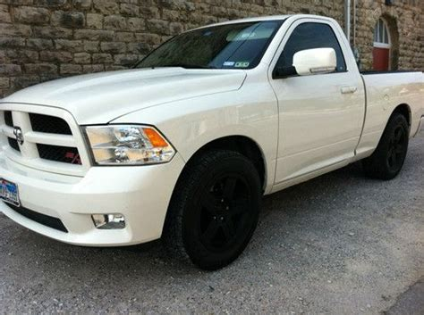 sell used 2009 dodge ram 1500 r t standard cab 2