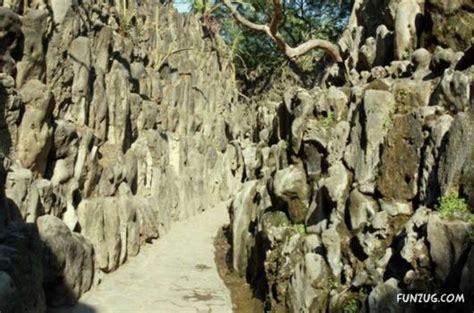 Rock Garden Chd Funzug The Rock Garden Of Chandigarh India His Nek Garden Chand Rock