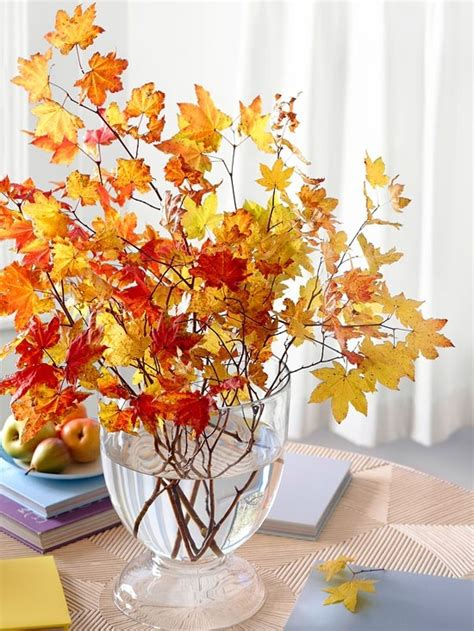 cool ways   autumn leaves  fall home decor