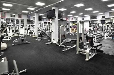 celebrity home gyms michael jordan mansion in highland park il