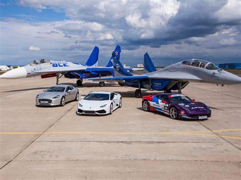 F 16 Vs Lamborghini by Lamborghini Hurac 225 N Vs Su 30 Jet Gadgetfreak Not Just