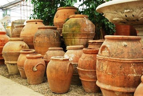 outdoor oil ls for patio old tuscan oil jars pots and plants pinterest krukor