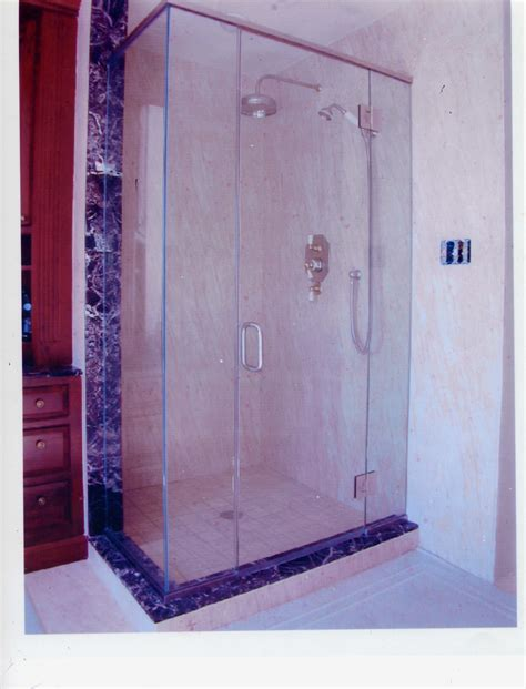 Shower Doors Cleaning Cleaning Soap Scum Glass Shower Doors Image Bathroom 2017